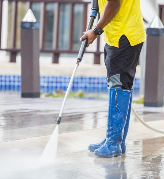Pressure Washing Professional Service